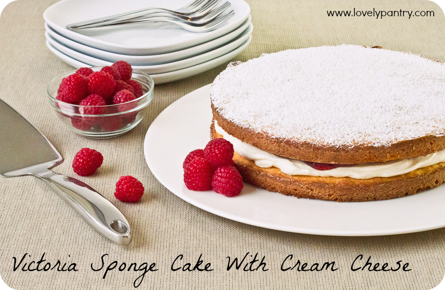 Victoria Sponge Cake With Cream Cheese_1
